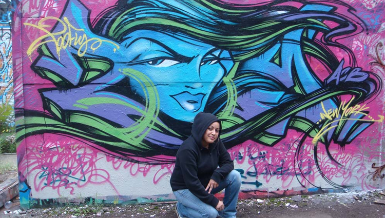 10-escritoras-de-graffiti-realmente-rudas-toofly