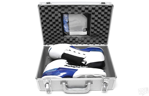AIR_JORDAN_XVII_WHITE_BLUE_8