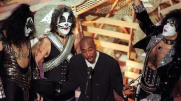 Tupac podría entrar al salón de la fama del Rock