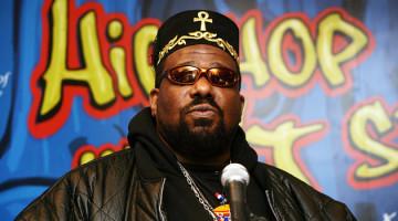 """Afrika Bambaataa: """"la pelea entre Biggie y Tupac se podría haber evitado"""""""