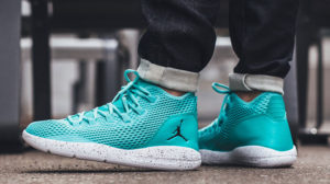 Air Jordan Reveal (turquoise and white)