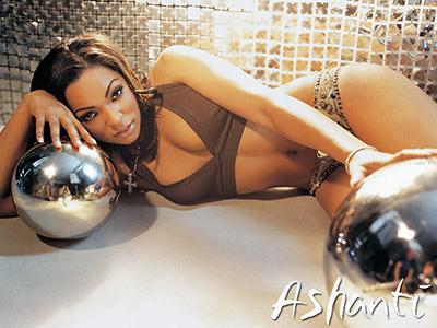 Ashanti cumple 12 años de carrera artística