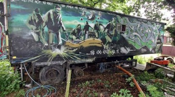 Subastan antigua obra de Banksy